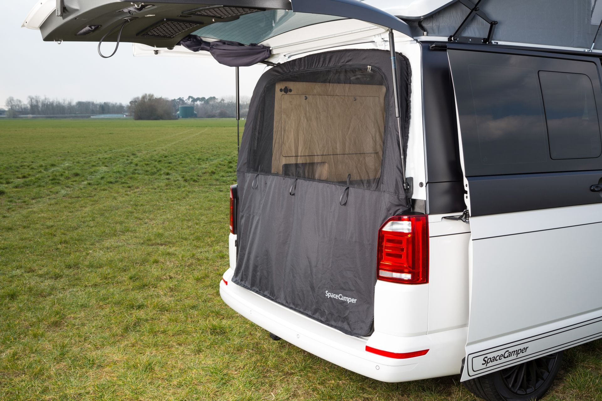 moskitonetz der spacecamper vw t6 camping ausbau reisemobil wohnmobil campingbus und. Black Bedroom Furniture Sets. Home Design Ideas